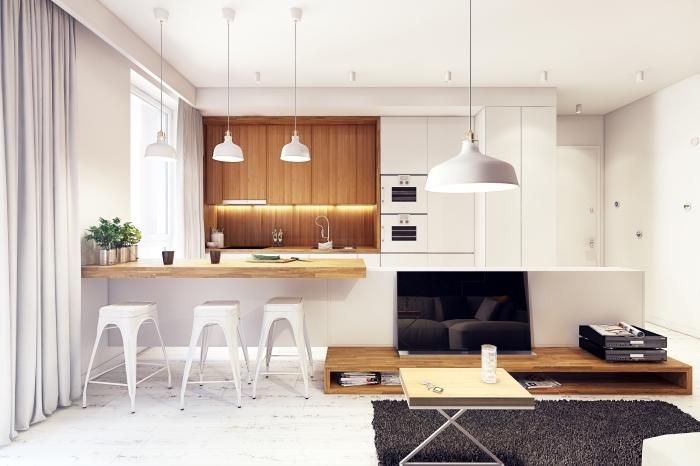 exemple de plan de travail pas cher à design bois, idée déco stylée aux murs blancs avec armoire et crédence de bois foncé