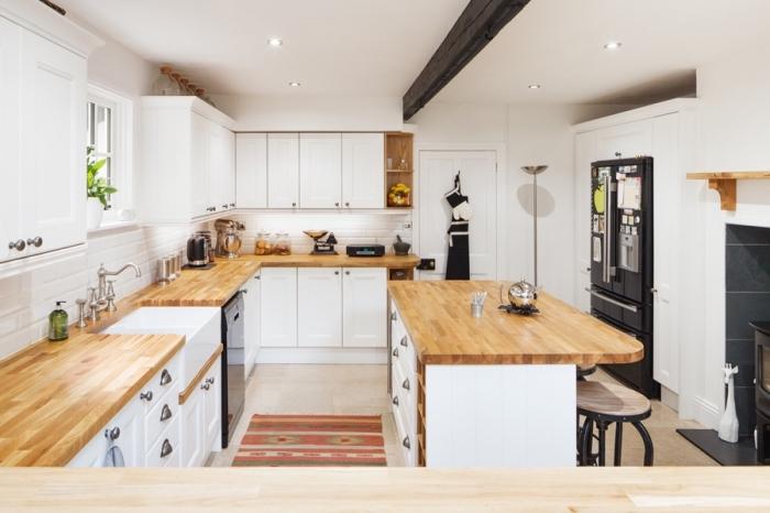 1001 mod les fascinants du duo cuisine blanche plan de travail bois - Modele plan de travail cuisine ...