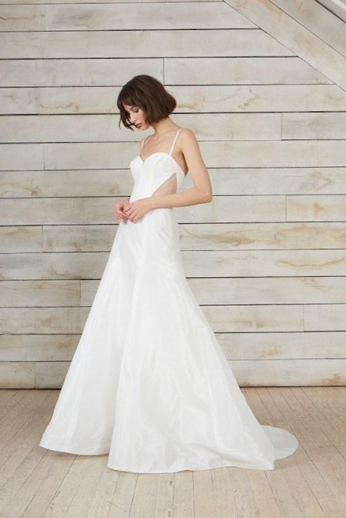 Romantique robe de mariée magnifique boutique de robe de mariée simple et elegante avec cutouts sur les cotes