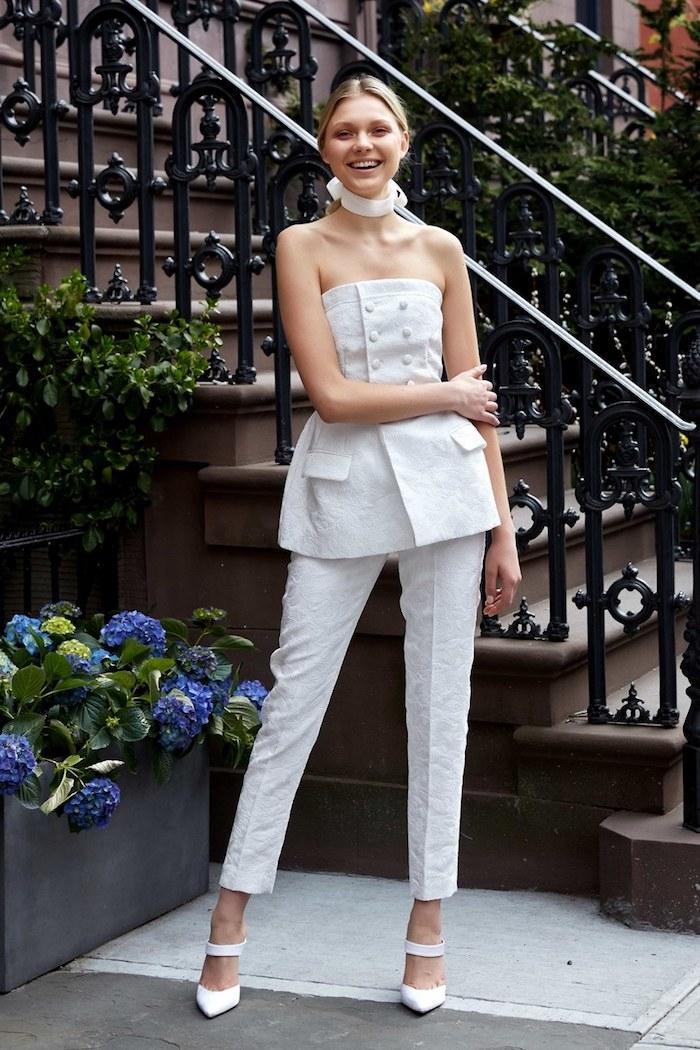 Combinaison de mariée solde robes de maries image robe mariage chouette idée de robe originale tailleur