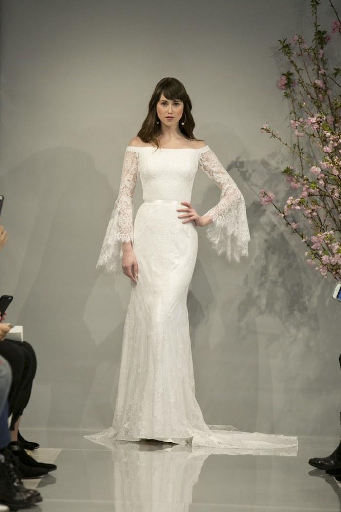 Prix d une robe de mariée les mariées de rennes marque robe de mariée pret a porter longues manches en dentelles