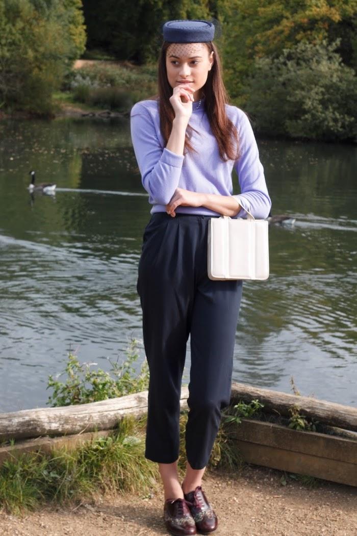 Tailleur pour bapteme Audrey inspiré tenue violet poudré ou robe blanche tenue femme