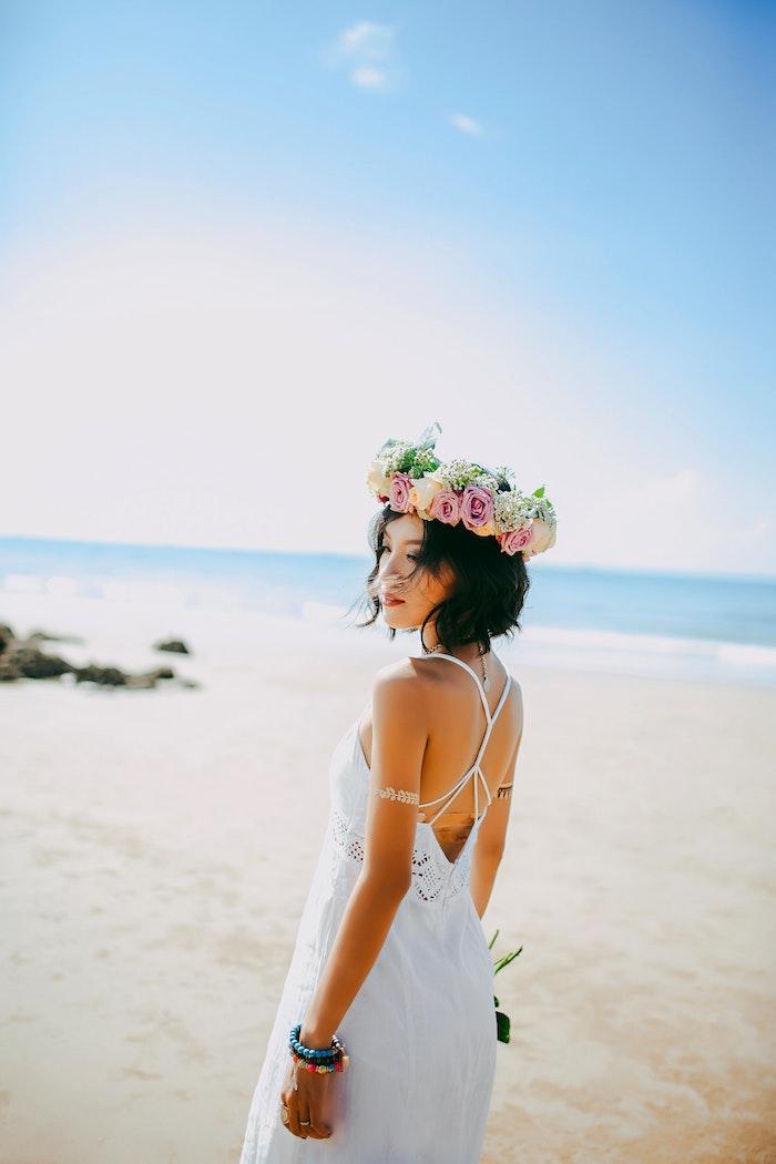Robe longue ete femme robe boheme mariage couronne de fleurs dentelle style hippie mode idée tenue