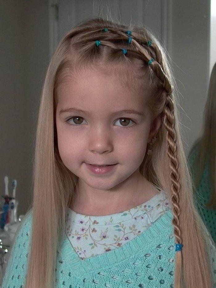 Mignonne coiffure petite fille tresse coupe carré dégradé court cheveux fille belle photo coiffure tresse
