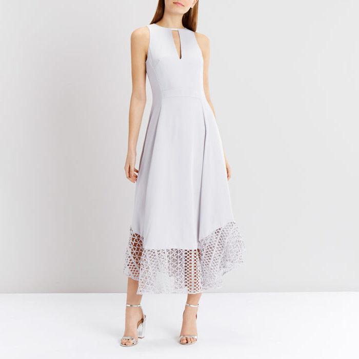 Belle tenue pour un bapteme femme beauté féminine vêtements style violet claire robe adorable mi longue robe