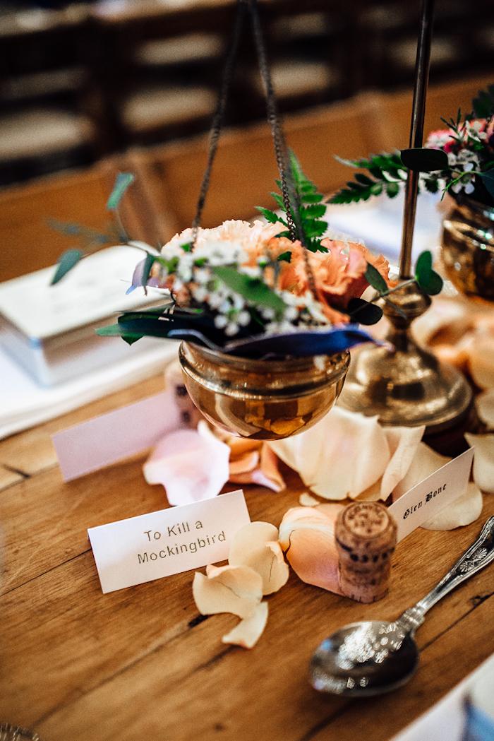 Menu mariage décoration de table mariage décoration simple et très jolie photo de mariage thématique table livre