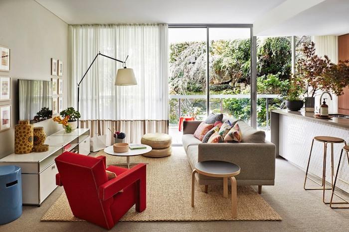 Idée déco studio idée déco appartement nordique deco suedoise style scandinave fauteuil rouge detail shock