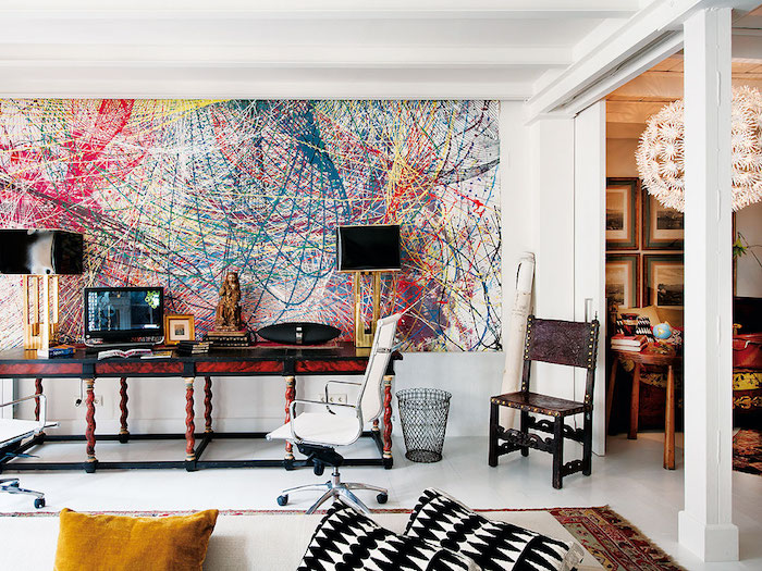 Aménagement studio 30m2 idée déco appartement moderne idée stylée mur peinte art abstrait