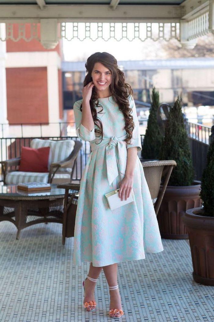 Magnifique idеe tenue habillée pour mariage savoir comment s habiller robe modeste vintage style en bleu et beige