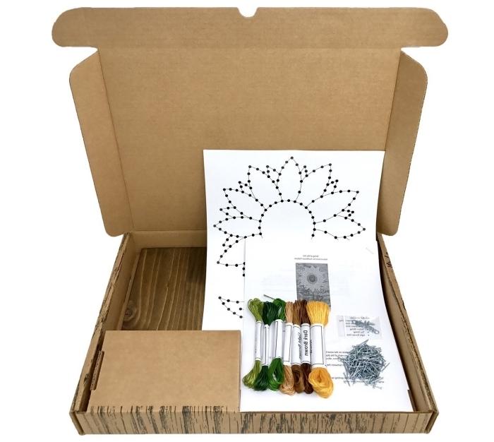 exemple de kit d'activité manuelle facile pour faire un panneau de bois et fil, modèle de gabarit facile en forme florale