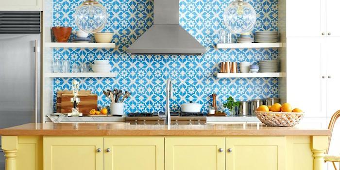 modele de carrelage faience bleu pour crédence de cuisine motif deco