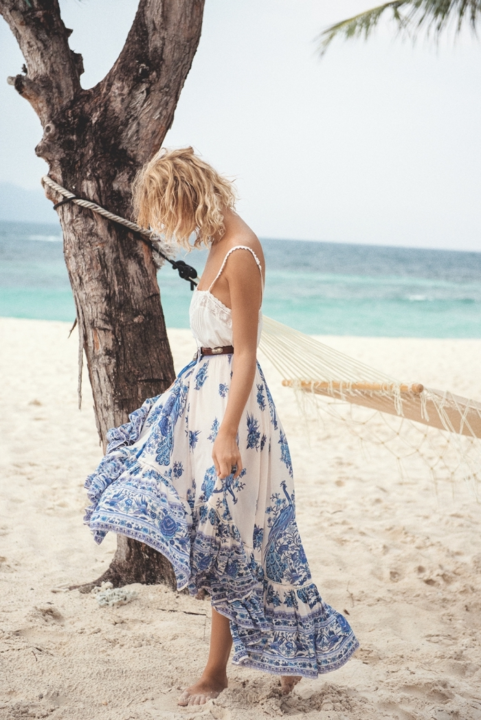 1001 mod les inspirants de la robe de plage longue. Black Bedroom Furniture Sets. Home Design Ideas