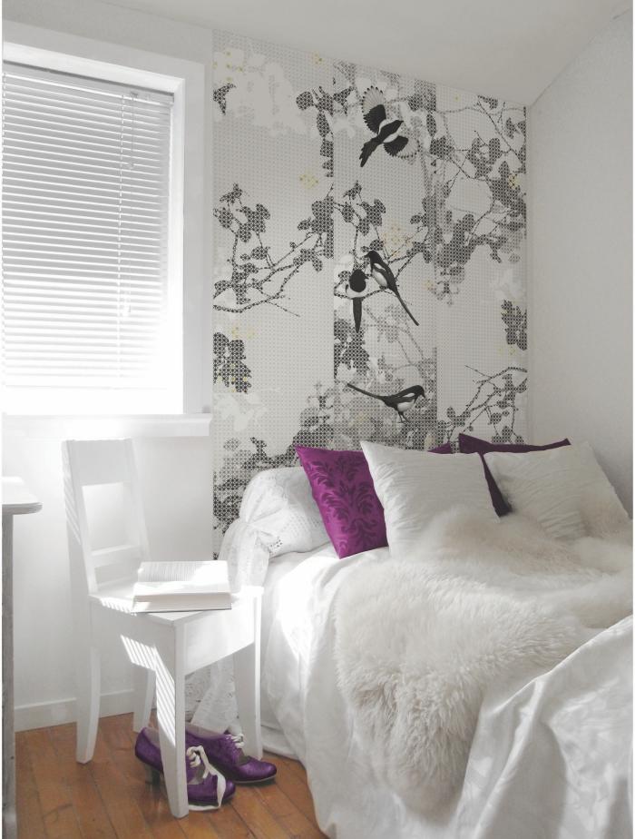 comment fabriquer une tete de lit originale avec un lé de papier peint, idées déco pour recycler ses chutes de papier