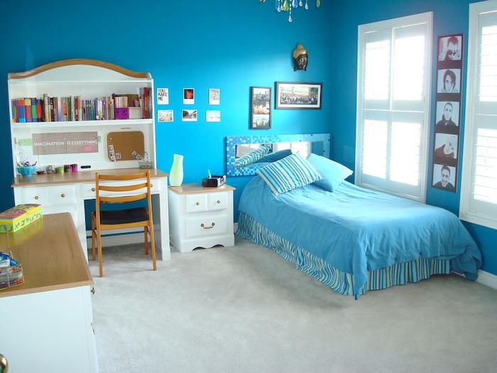 quelle couleur pour une chambre à coucher de fille 2018 avec peinture murale et lit bleu roi