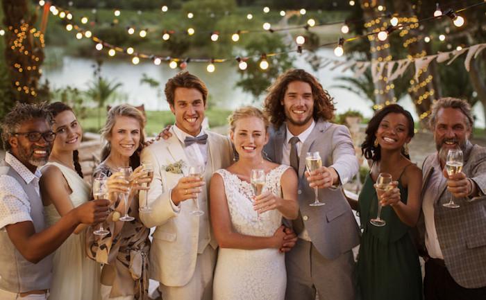 Comment s'habiller pour un mariage tenue femme invitée inspiration photo de mariage classique mariee robe dentelle blanche