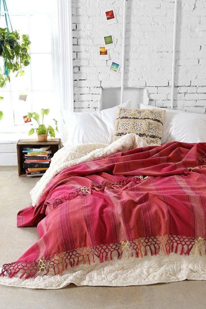 Décoration d'intérieur idée déco studio deco appartement cosy interieur chambre à coucher ligne de lit cosy