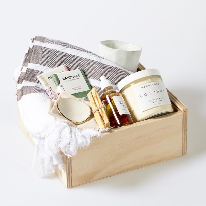 Inspiration cadeau emménagement cadeau cremaillere originale idée cadeau kit se sentir bien maison