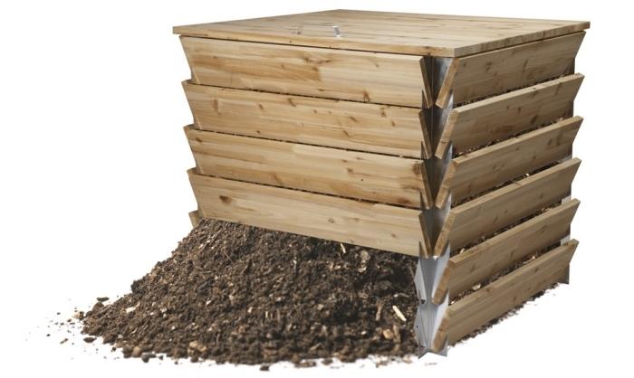 modèle de composteur en bois en forme carrée à installer dans son jardin pour diminuer les déchets ménagers
