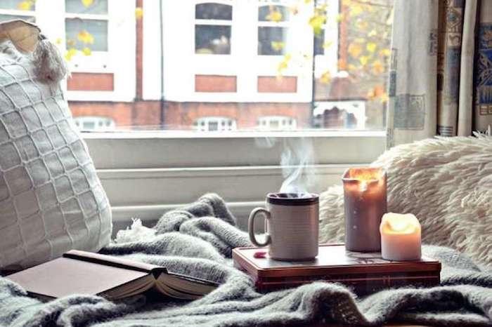 Idée déco appartement appartement design deco appartement chic coin cosy boire de thé