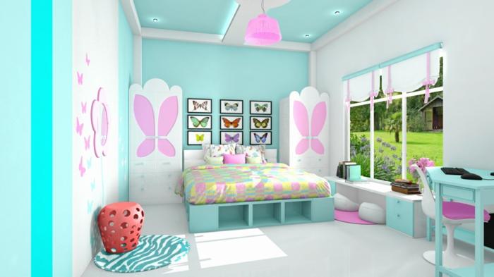 deco-de-chambre-fille-ado-amenagement-chambre-deco-pour-chambre-ado-fille-plafond-et-murs-turquoises-motifs-papillons-roses-taille-diverse-sur-les-murs