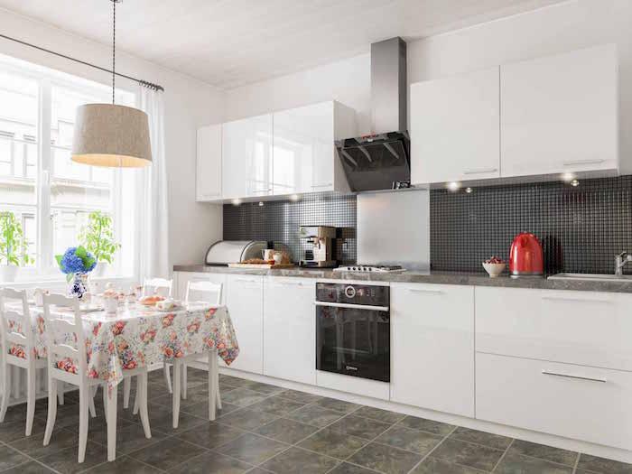 crédence carrelage cuisine blanc brillant glss et gris anthracite avec petits carreaux