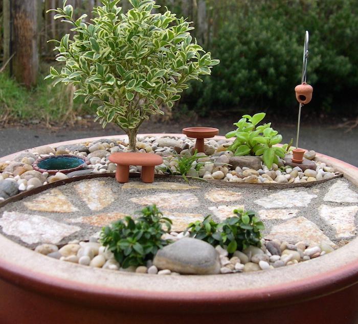 Jardin Japonais Miniature Fabriquer. Le Jardin Fini With Jardin ...
