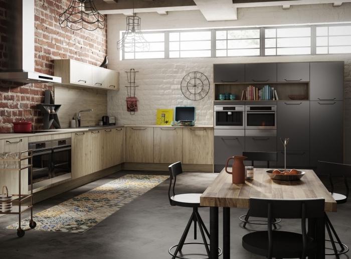 déco de cuisine gris anthracite aménagée d'angle avec revêtement mural à design briques blanches et rouges