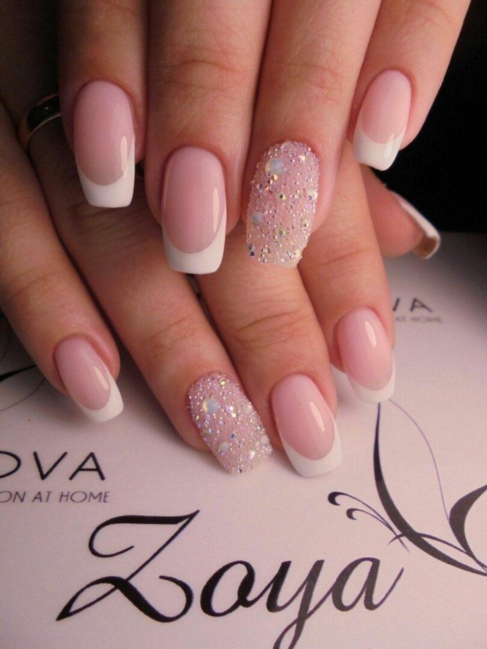 déco ongle acrylique, ongles longs, bien limés, décoration avec gel acrylique, manucure pour la mariée