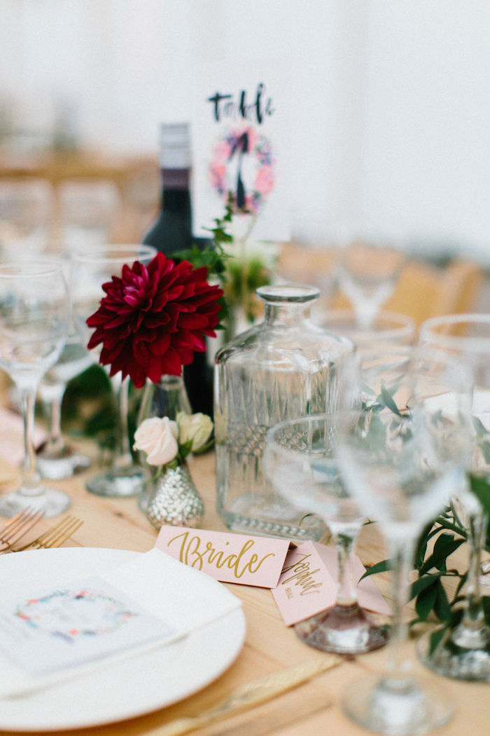 Décoration de table pas cher centre de table mariage table à décorer la table des maris
