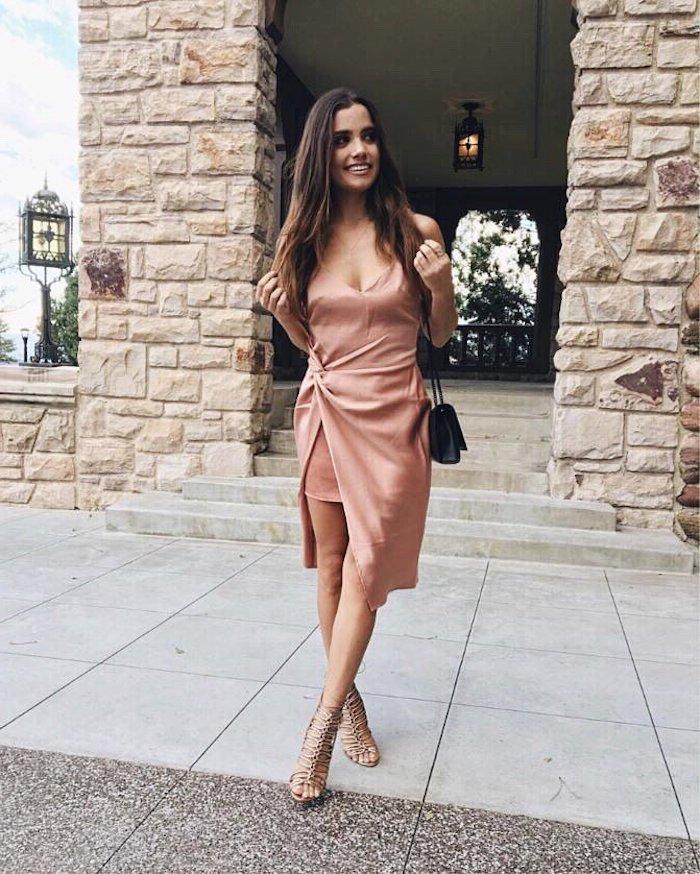 Tenue invitée mariage occasion spéciale robe habillée femme stylée robe rose pale chouette