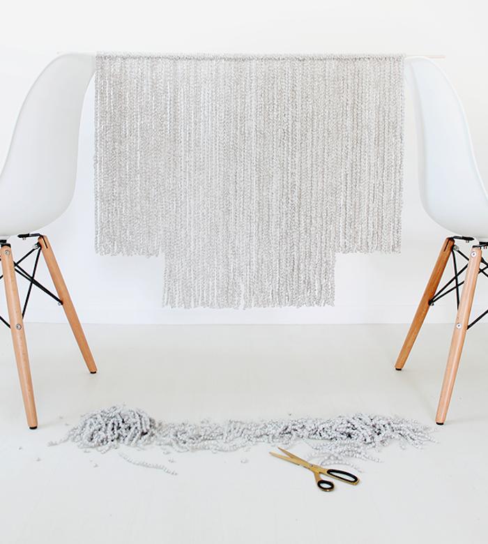 idée macramé tuto facile pour déco avec laine et baton de bois goujon