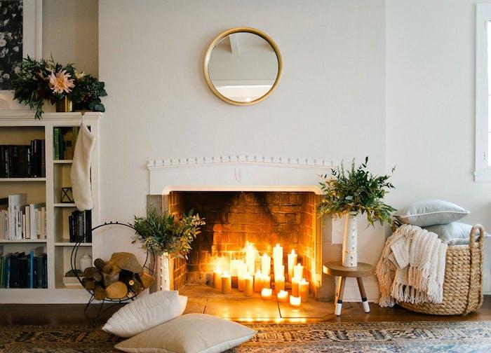 Design décoration intérieure salon deco moderne salon déco petit appartement cheminée de bougies adorable coin cosy