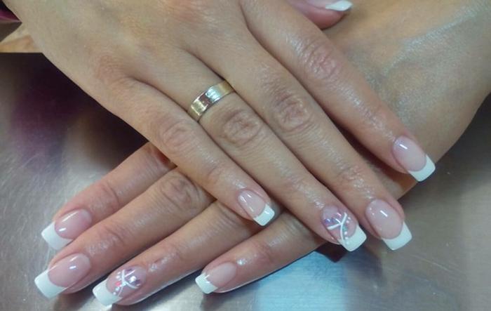 deco ongle gel, design de deco ongle stylée, vernis léger et transparent