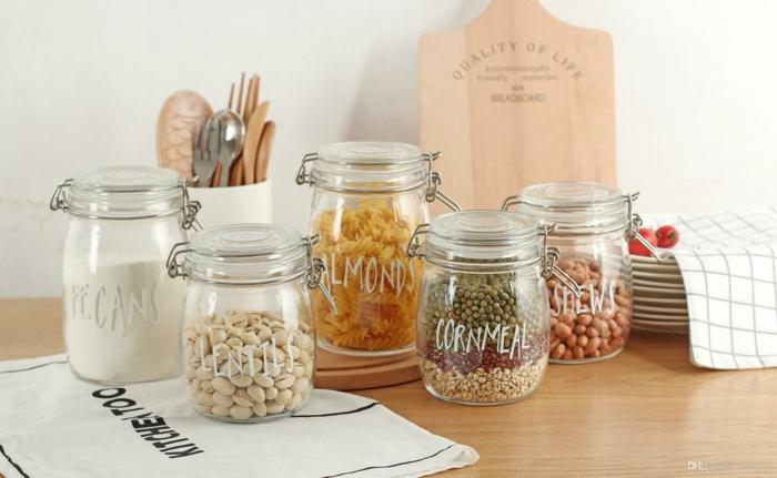 tiroir de rangement, meuble de rangement cuisine, amenagement placard cuisine, pots en verre, conteneurs de céréales, épices, tailles différentes