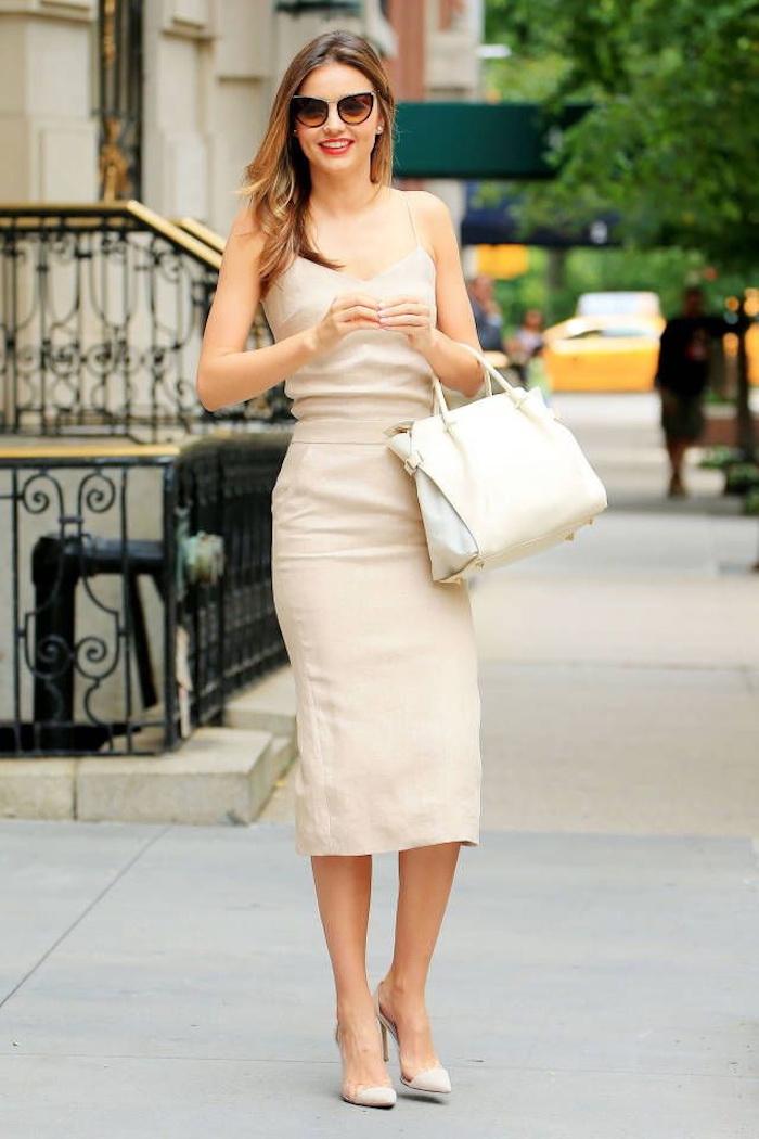 Robe mariage invité être une femme bien habillée mariage ceremnie mi longue robe beige spéciale occasion