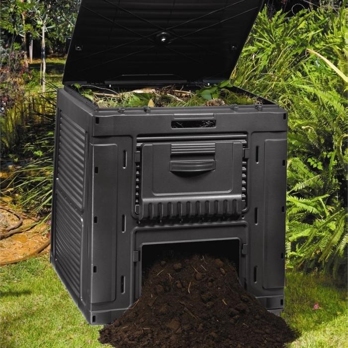modèle de grand composteur de jardin en plastique avec couvercle et ouverture, idée pour faire un compost