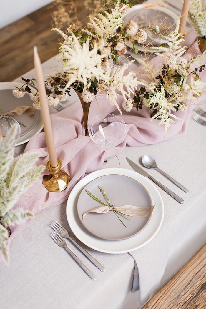 Idee deco mariage décoration salle de mariage porte menu mariage