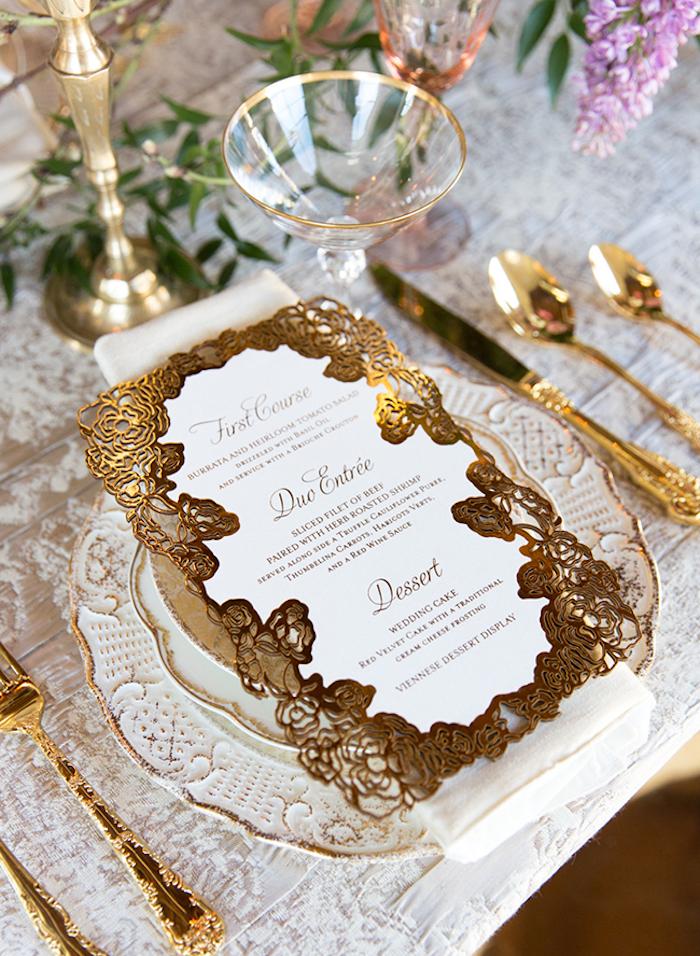 Menu mariage décoration de table mariage décoration luxueuse doré menu de mariage