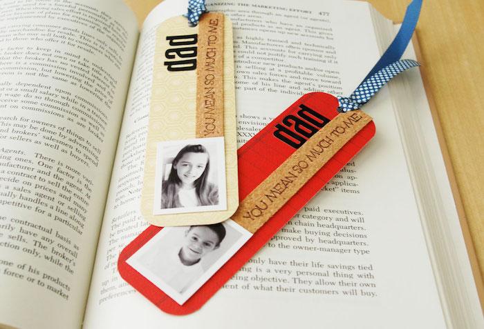 marque page original avec photo enfant et un message personnalisé, ruban bleu, cadeau fete des peres original a faire soi meme