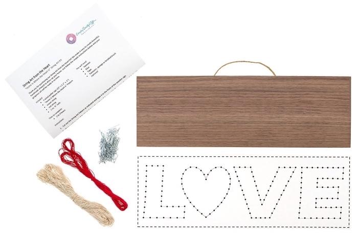 exemples quel matériel utiliser pour faire un tableau de bois décoratif mural avec gabarit amour à points et fil