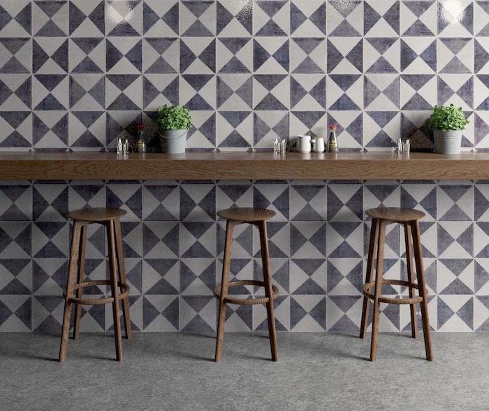 carrelage mural cuisine déco avec motif triangle type crédence