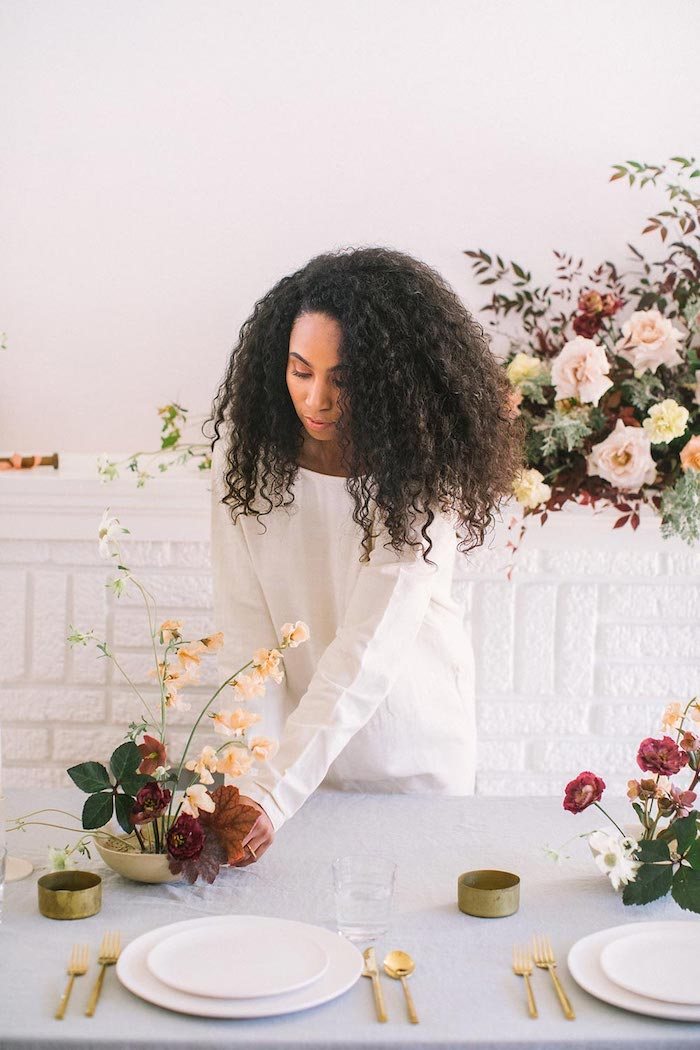 Thème mariage décoration de table mariage idée femme déco simple fleurs décoration minimaliste