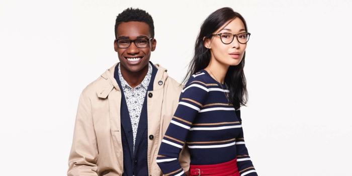 deux looks avec des lunettes, une monture de lunette homme et une monture femme, style de lunette hipster pour un look en vogue