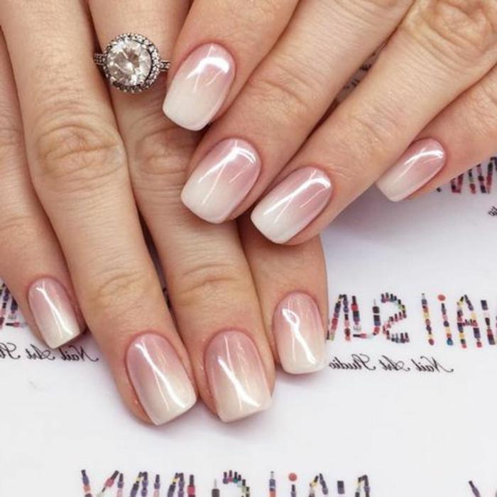 manucure en rose et blanc, bague de noce pierre précieuse, nail art ombré pour mariage