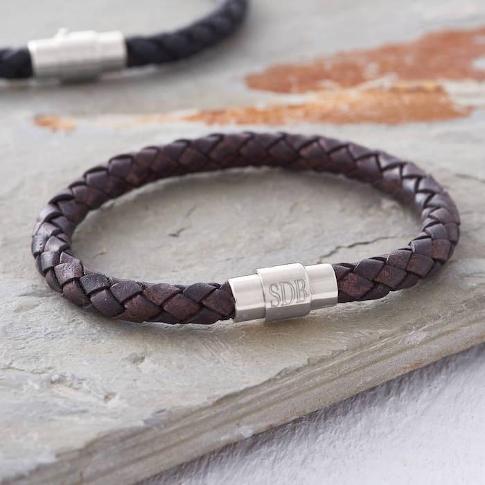 Idée cadeau homme 20 ans cadeau personnalisé homme magnifique idée bracelet personnalisé avec le nom de l homme