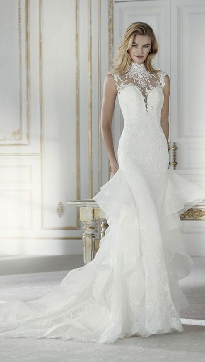 robe mariage sirene, robe sirène dentelle, silhouette divine et féminine, robe de mariée moulante, grands volants en dentelle blanche, bustier type cœur