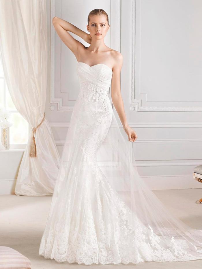 robe de mariée sirène, bustier sans bretelles, robe sirene mariage, robe mariée fourreau, robe sirène dentelle, modèle dentelle aux détails raffinés