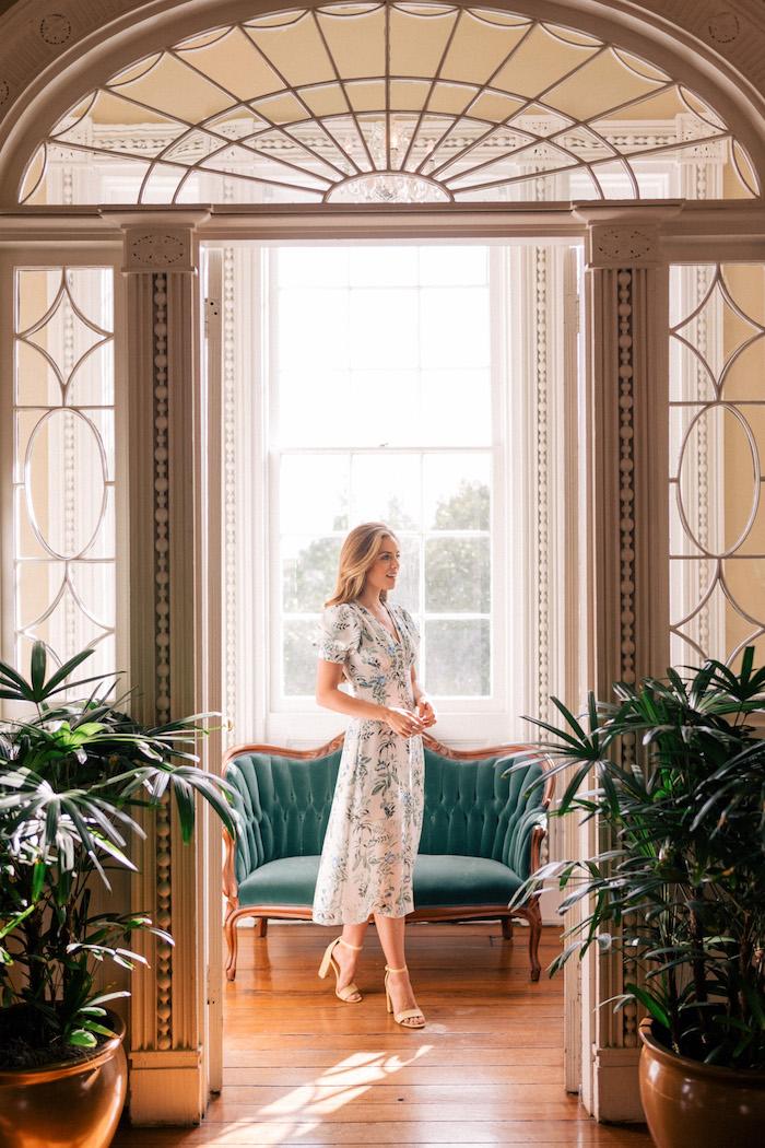 Comment s'habiller pour un mariage tenue élégante femme invitée inspiration photo