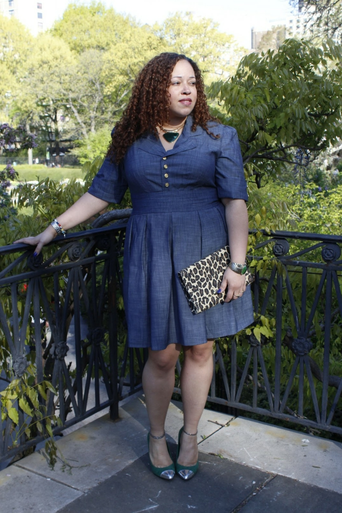 sac léopard, robe pour ronde avec du ventre, jupe évasée, boutons et manches mi-longues