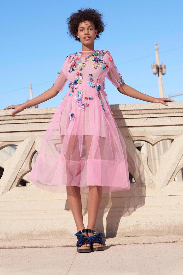 Chic robe de cocktail tulle rose pour mariage comment s'habiller bien quand on est invitée